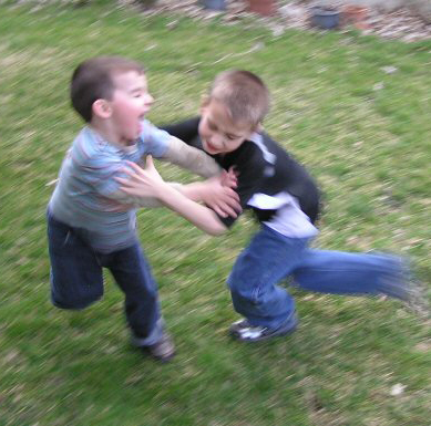 lek-wrestling2